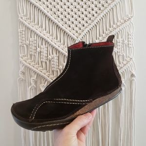 Fly London 40 Suede zip up ankle bootie